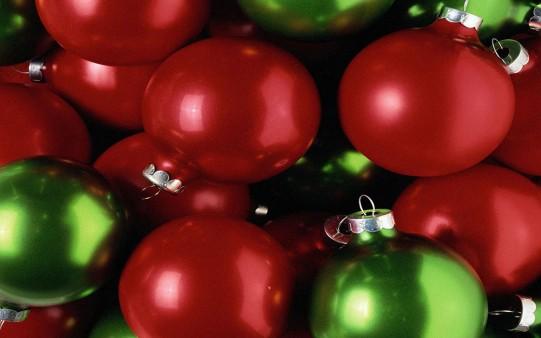 Bolas de Navidad Rojas y Verdes