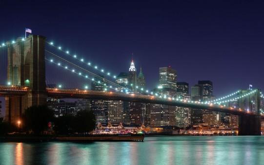 Foto Nocturna Puente de Brooklyn.