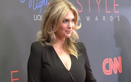 Fondo Kate Upton Styles Awards